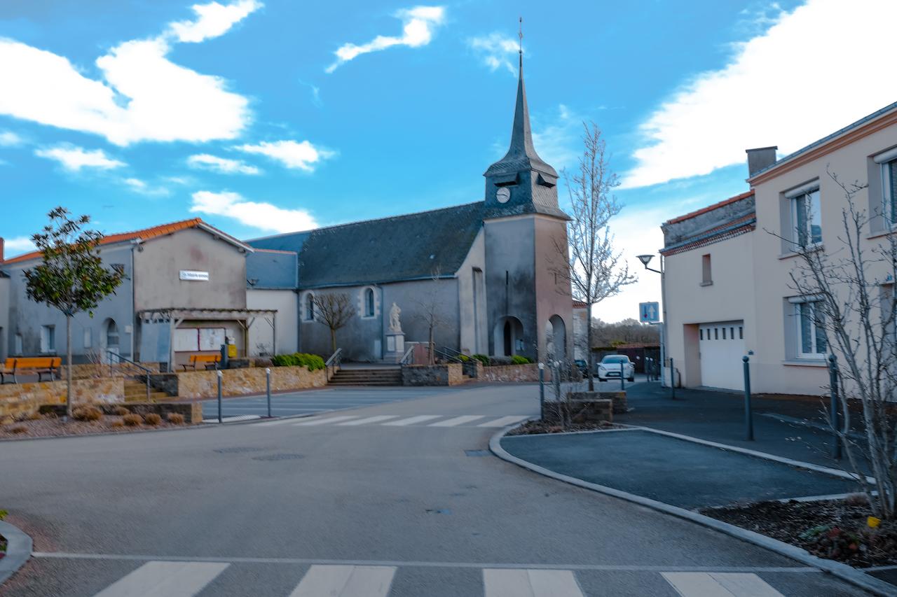 Saint Sauveur de Landemont